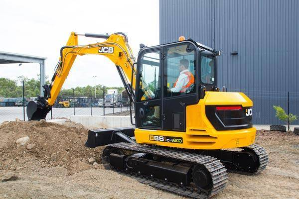 8 Ton Digger Hire in Stoke on Trent